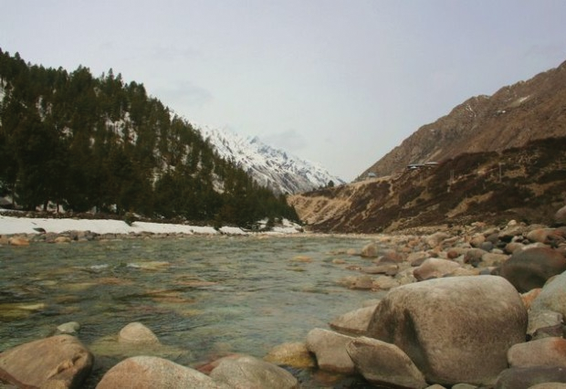 Beautiful view of the Himalayas with the Sutlej