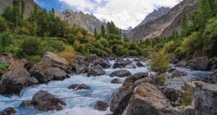 Elegant stylish look of Shivik River