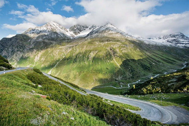 Flüela Pass Most amazing and beautiful mountain roads in the world